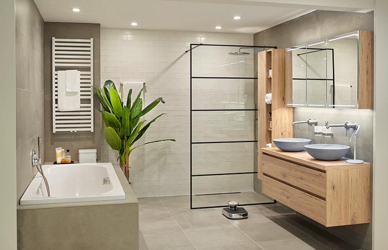 Hout in badkamer
