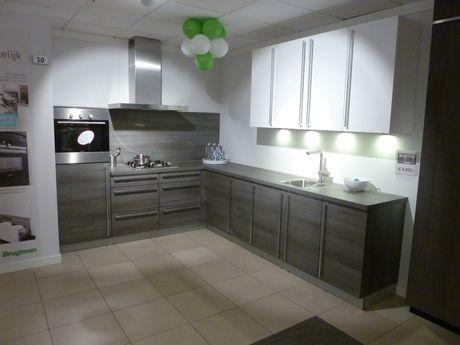 Brugmans Keukens Keukenmeubel : Showroomkeukens voor een scherpe prijs vind je bij brugman keukens