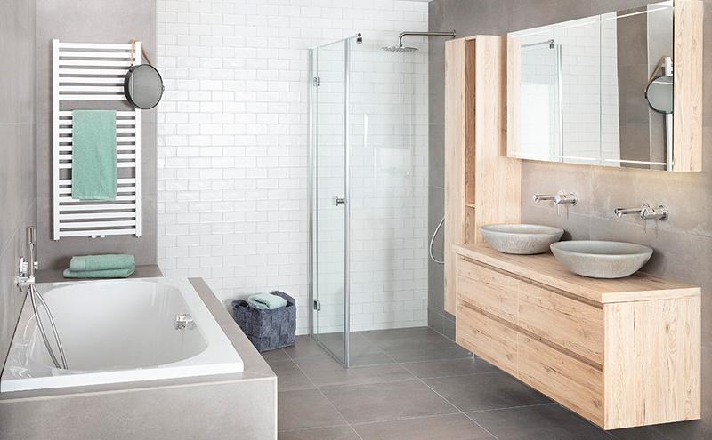 Badkamerspiegel met opbergruimte