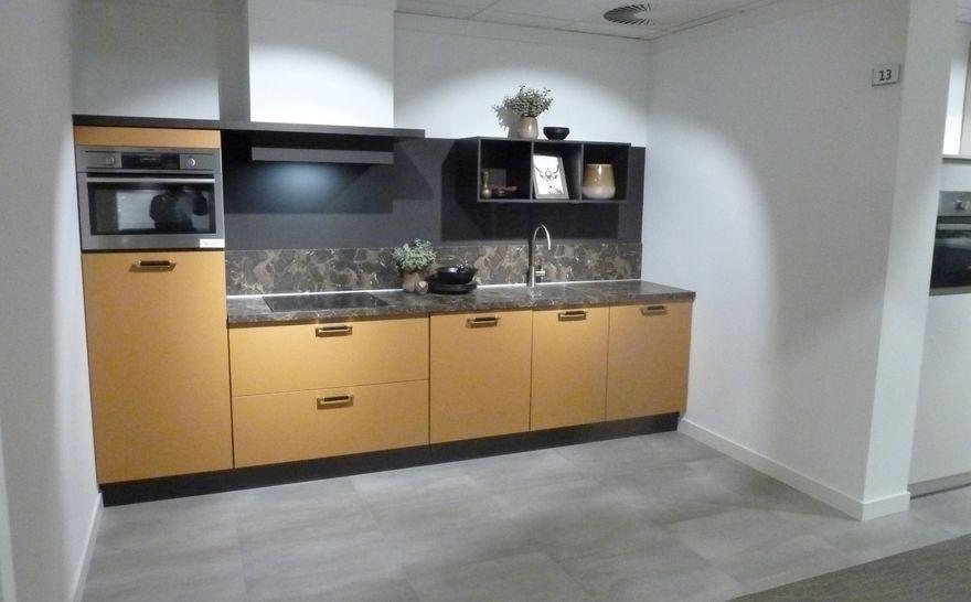 Design Keuken Groningen : De lapize f showroomkeuken