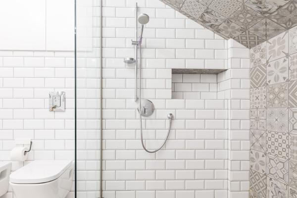 Hoe Richt Ik Mijn Badkamer Met Schuin Dak In Brugman
