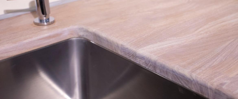 Een houten aanrechtblad