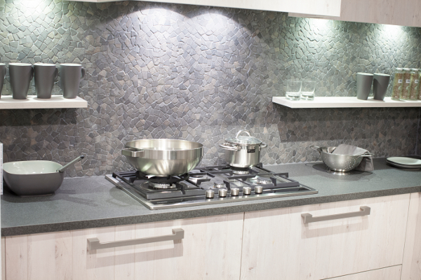 Keuken Achterwand Kunststof : Achterwand van je keuken: welk materiaal kies je?