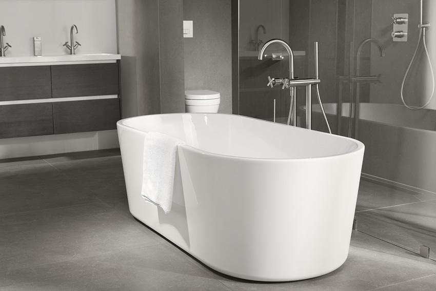 Badkamer Vrijstaand Bad : Een vrijstaand bad als blikvanger in je badkamer